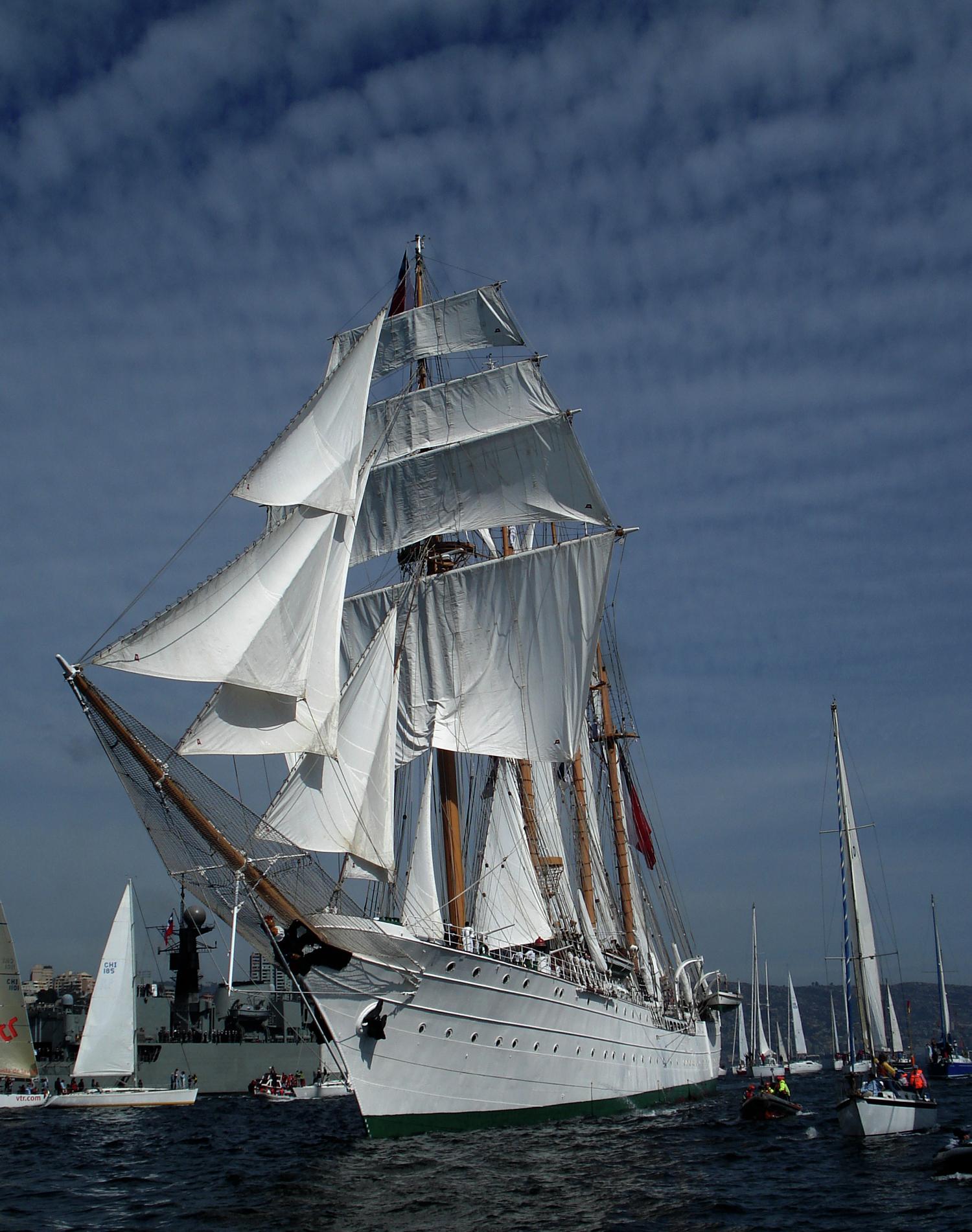 Galer a de arquitectura naval los barcos de la regata for Arquitectura naval pdf