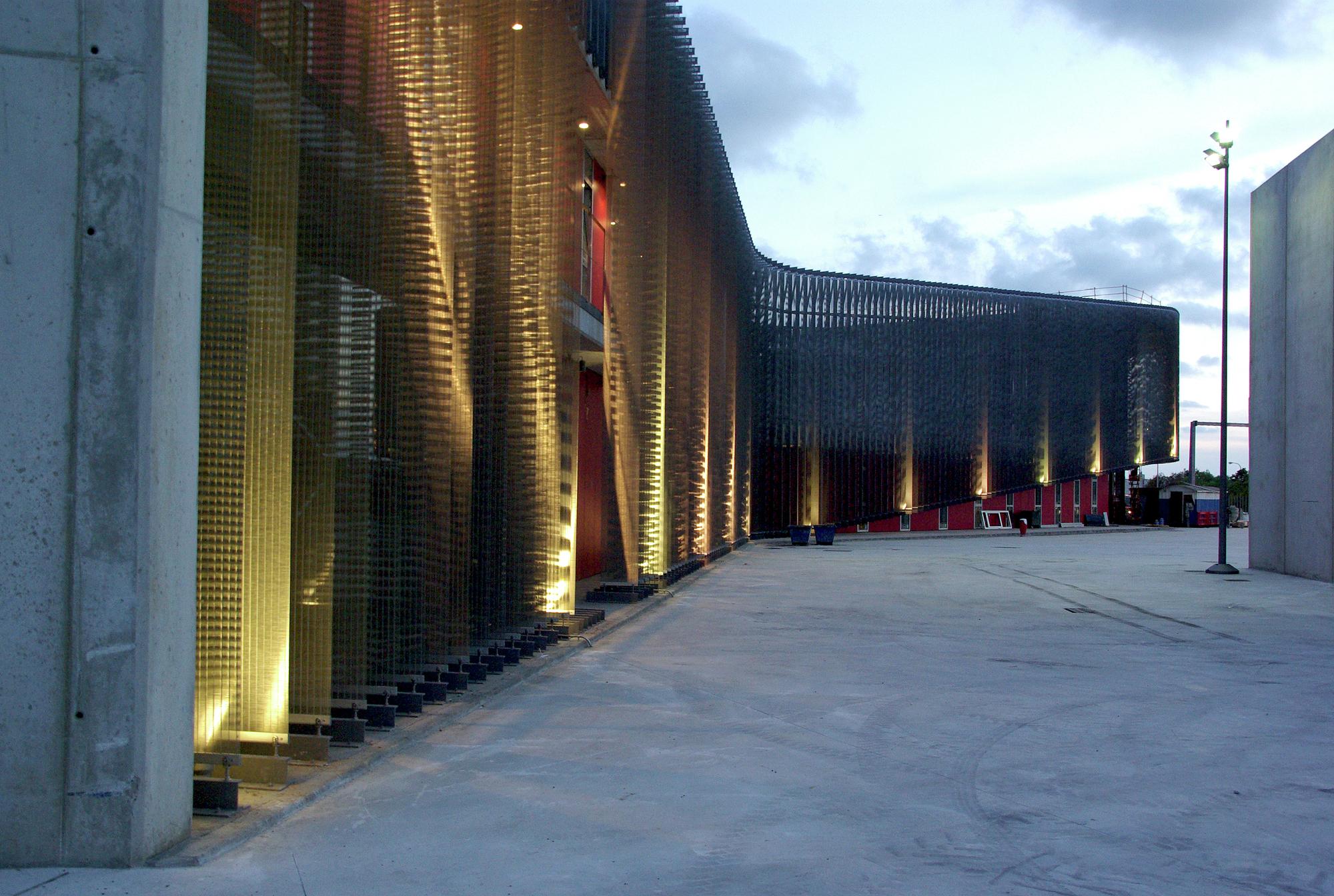Gallery of firehouse of palma de mallorca jordi herrero arquitecto 13 - Arquitectos palma de mallorca ...