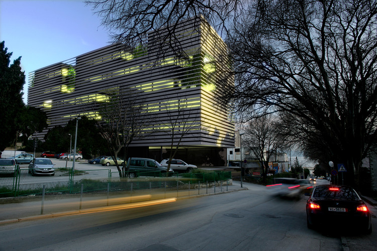 Polyclinic 3lhd Architects Archdaily