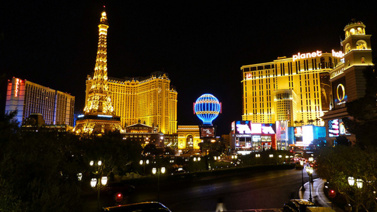 Guide to vegas casinos fantasy casino bus schedule