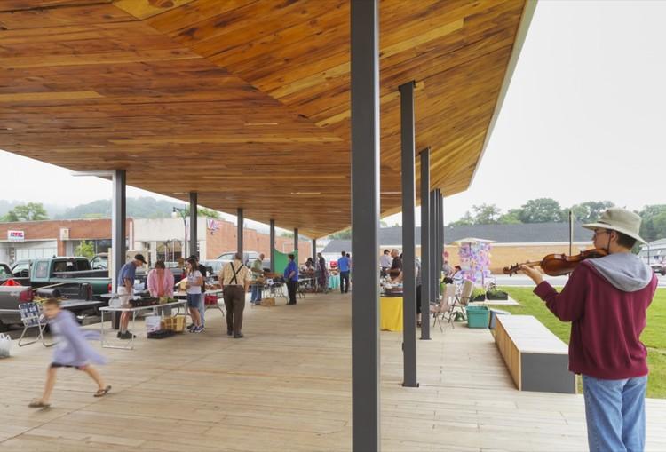 Covington Farmers Market Design Build Lab