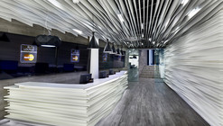 Sala de Espera Master Card / Arquitectura en Movimiento Workshop