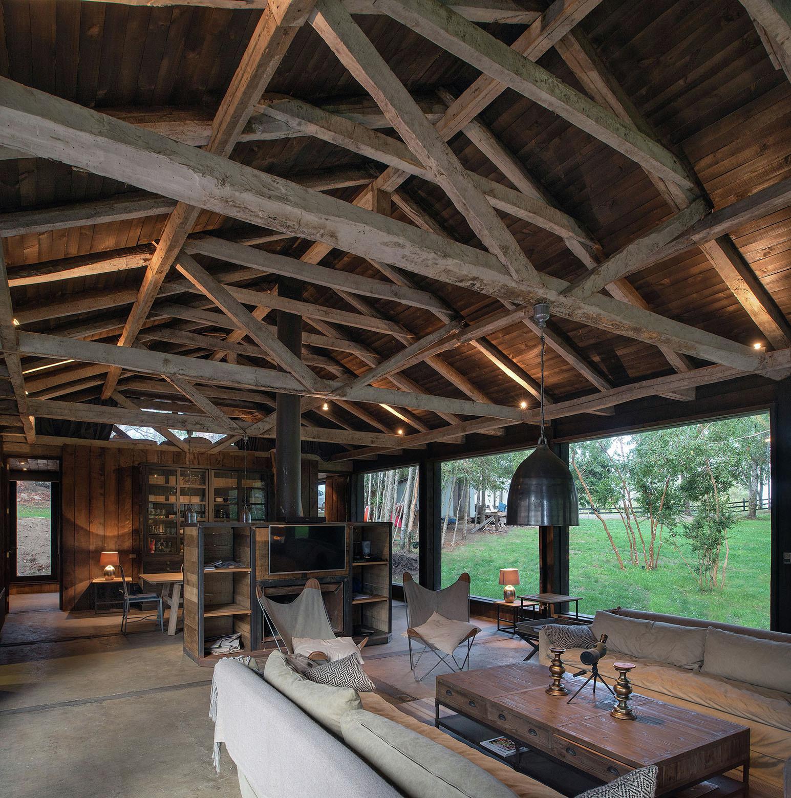 Gallery of barn house at lake ranco estudio vald s - Casa estructura metalica ...