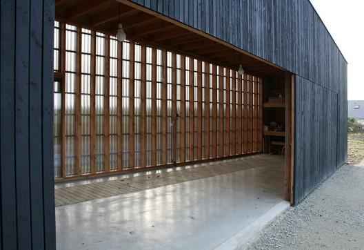 Oyster Farm Hangar Raum Architects Archdaily