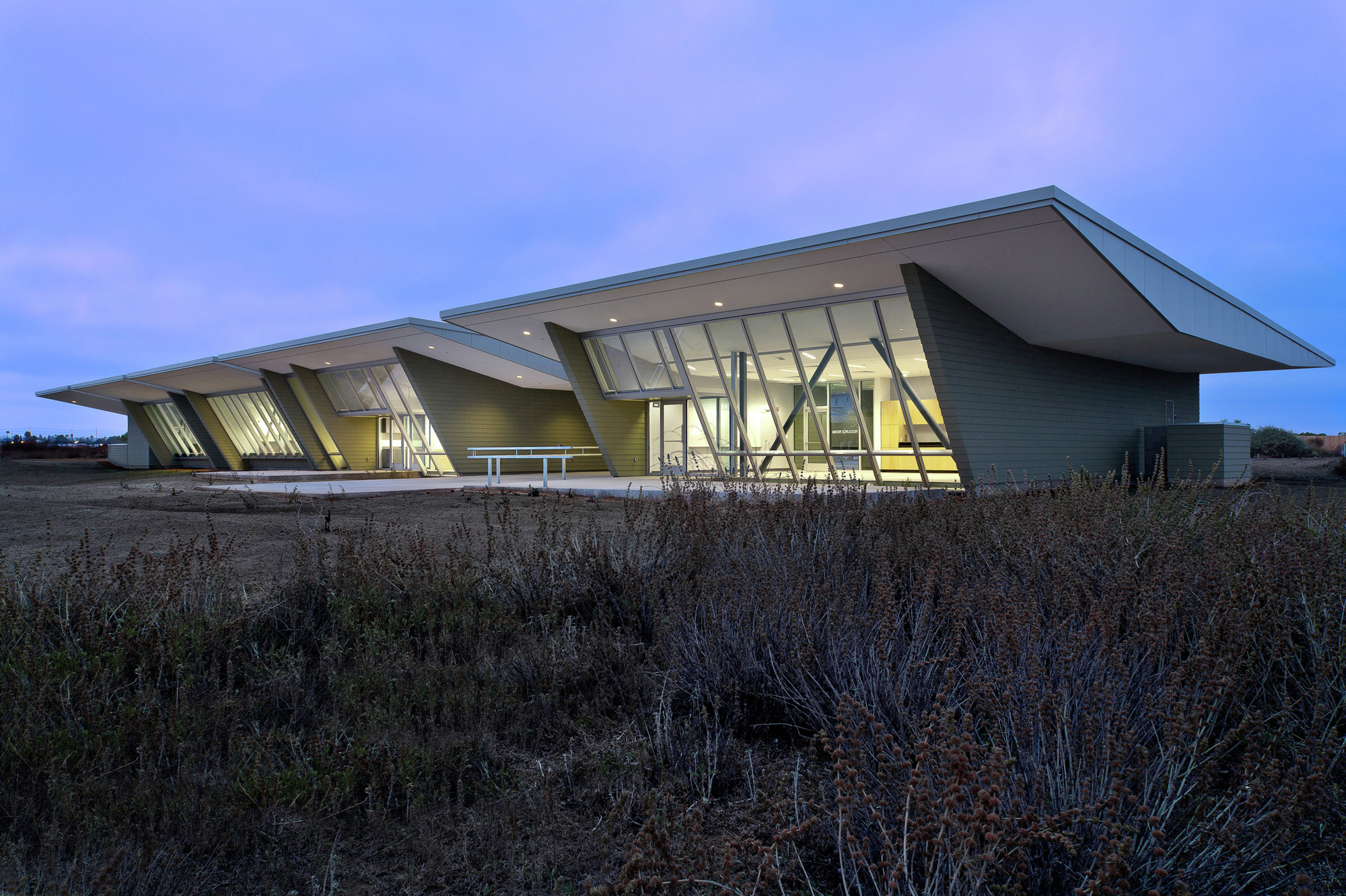 Tucson based architects line and space wins 2011 aia for Architecture agency