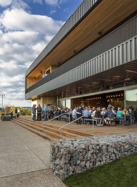 Surly Brewing MSP / HGA   ArchDaily