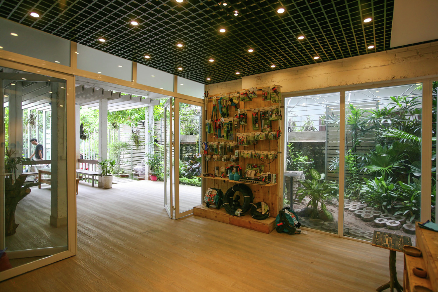 Green office Indoor Growing Green Office Vu Xuan Son Archdaily Gallery Of Growing Green Office Studio 102