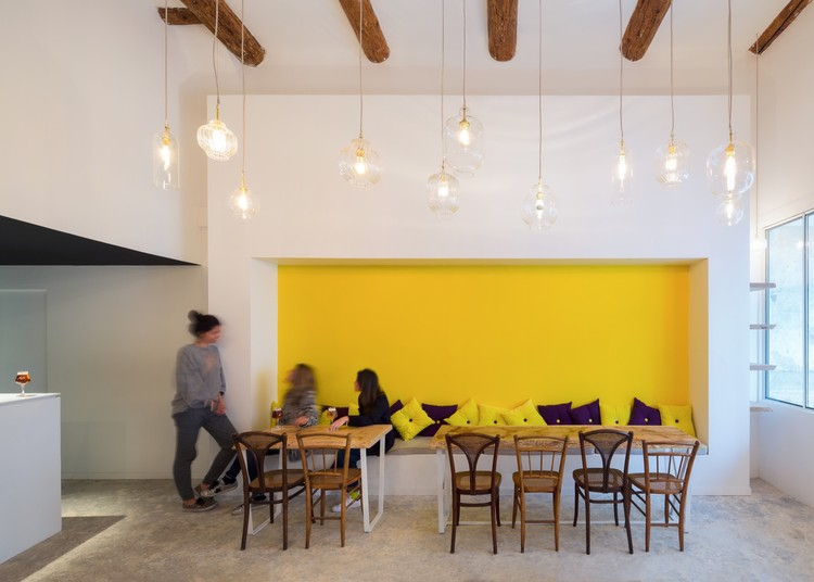 Fietje Beer Bar / Bertrand Guillon Architecture   ArchDaily