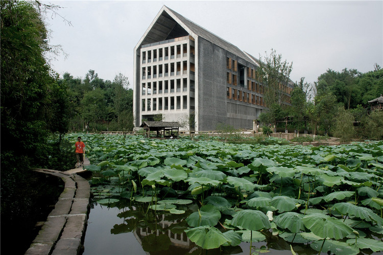 Sichuan Fine Arts Institute Library of Huxi  / TANGHUA ARCHITECT & ASSOCIATES, © Dai Qiong