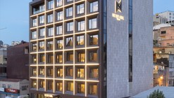 Naz City Hotel Taksim / Metex Design Group