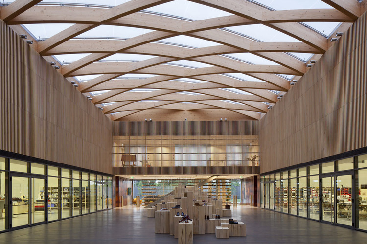 Fábrica Berluti / Barthélémy Griño Architectes, © Arnaud Schelstraete