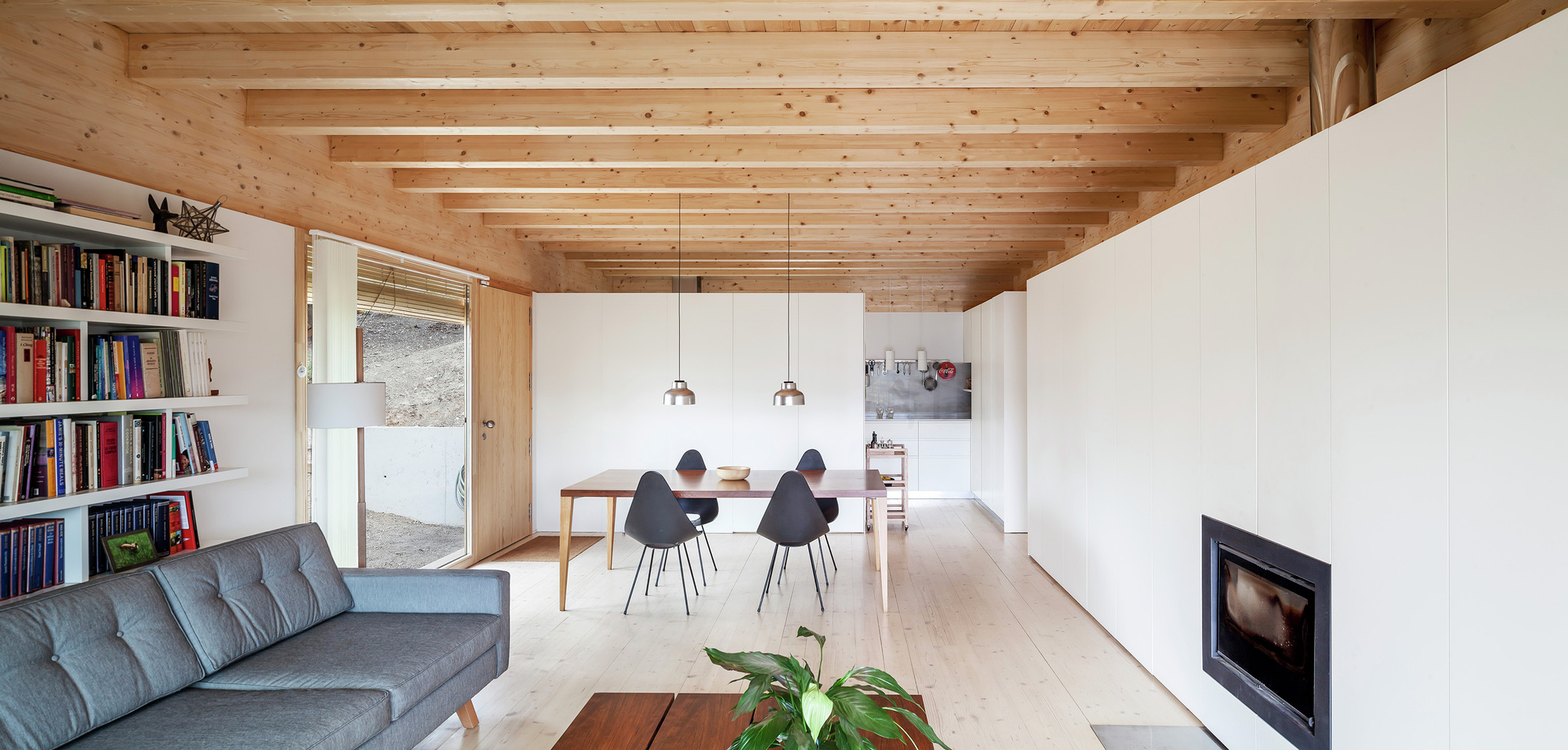 Galeria de casa llp alventosa morell arquitectes 5 - Pegatinas para la pared ...