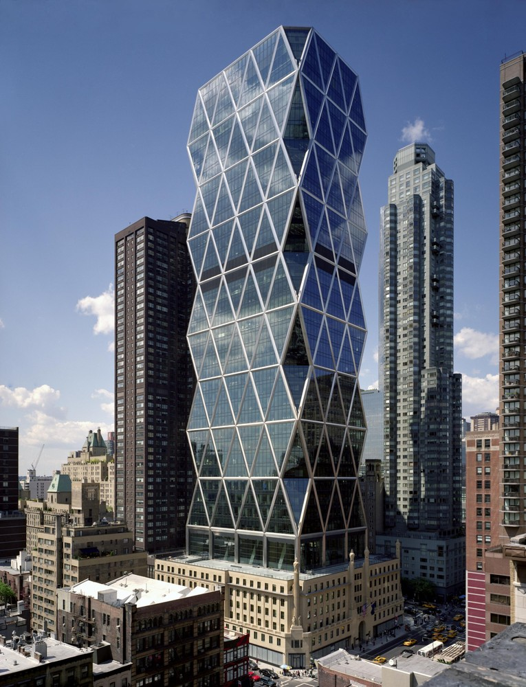 norman foster office. 7 Buildings That Show Norman Foster\u0027s Architecture Has Always Been Ahead Of The Curve,Hearst Foster Office A