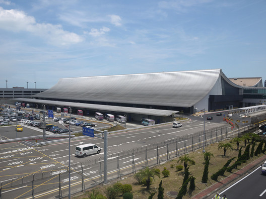 Taoyuan International Airport Terminal 1. Image © Norihiko Dan and Associates