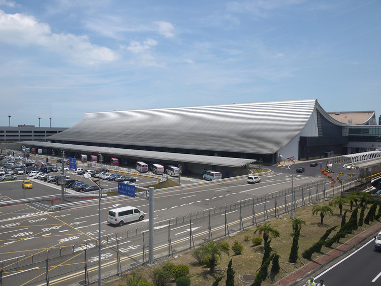 Foster, RSHP and UNStudio Compete to Expand Taiwan's Largest Airport, Taoyuan International Airport Terminal 1. Image © Norihiko Dan and Associates