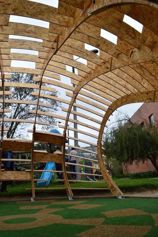 Estudiantes colombianos construyen pabellones de juego para fundaciones infantiles, Pabellón Refugio del Saber / 2015.01. Image Cortesía de Carolina M. Rodriguez Bernal
