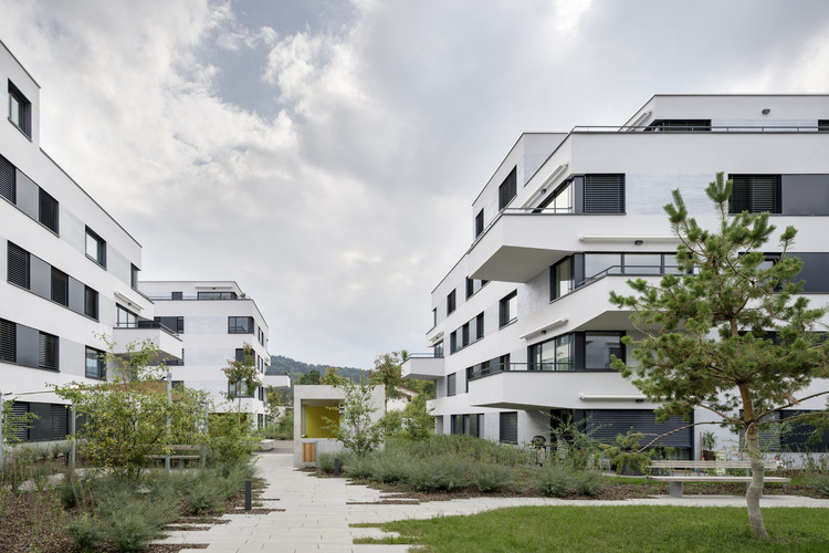 Complexo Residencial Sonnenhof / Fischer Architekten, © Michael Egloff