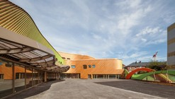 Nursery and Primary School in Saint-Denis / Paul Le Quernec