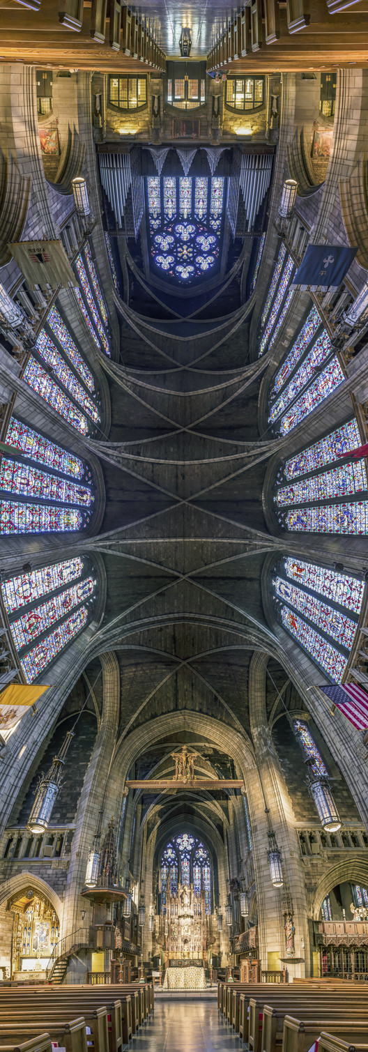 Richard Silver's Stunning Vertical Panoramas of New York Churches, Church of St. Vincent Ferrer. Image © Richard Silver Photo