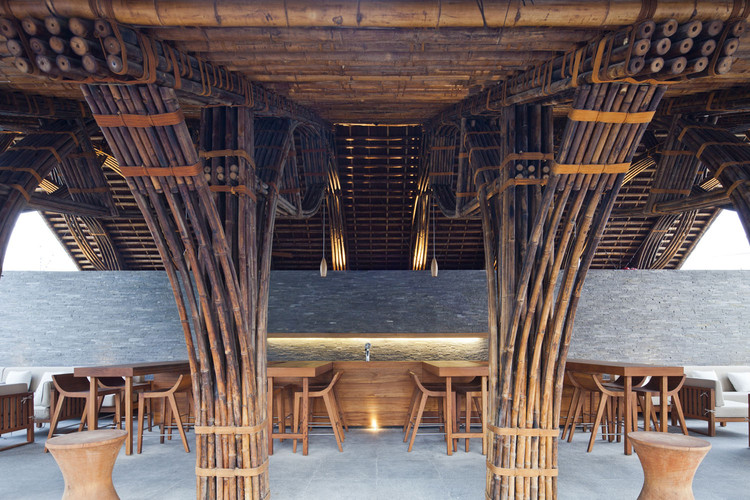 Naman Retreat Beach Bar / VTN Architects   ArchDaily