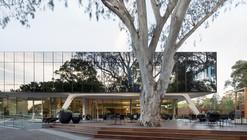 The Clarence Reardon Centre / GHD Woodhead