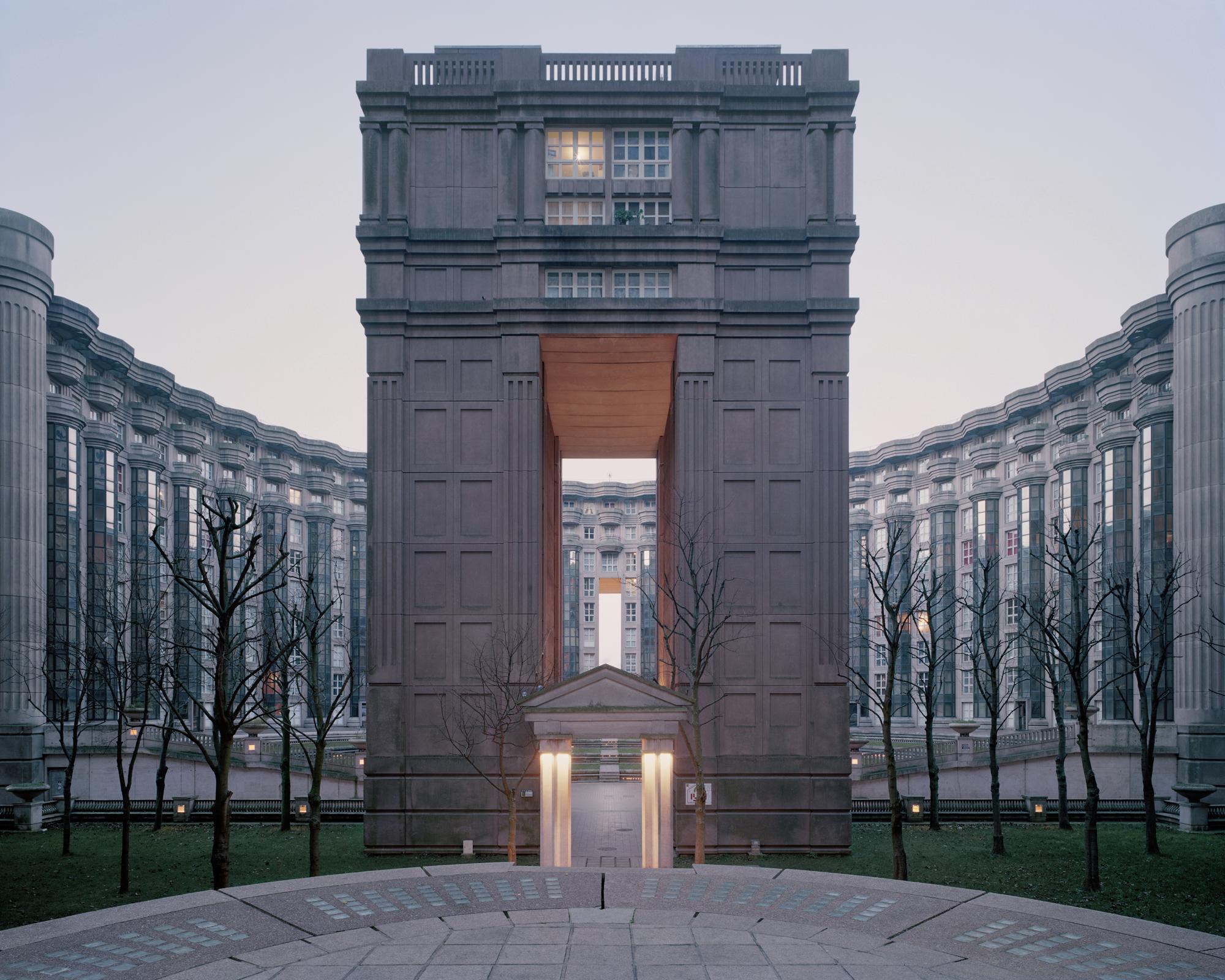 Noisy Le Grand Architecture a utopian dream stood still: ricardo bofill's postmodern