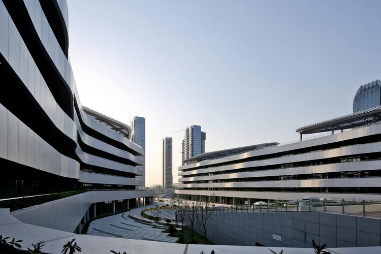 Escuela Secundaria Liyuan / Minax Architects, © Su Shengliang