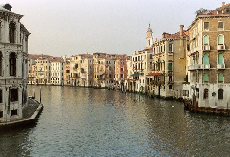 Escola da Cidade debate a formação da paisagem de Veneza, Veneza, Itália. Image ©  Arian Zwegers, via Flickr. CC