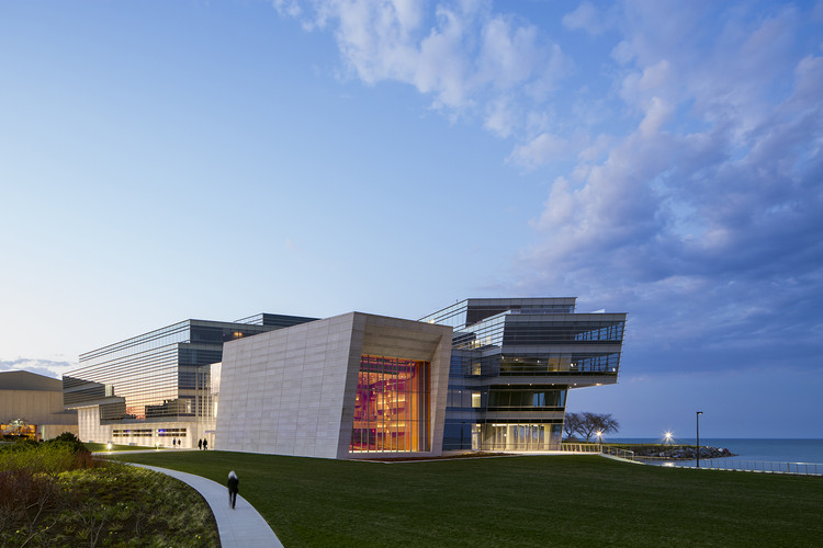 Centro Ryan - Universidad Northwestern / Goettsch Partners, © Tom Rossiter