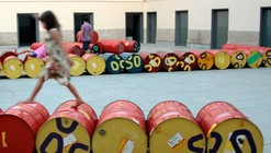 Playground de tambores na Casa Daros / Basurama