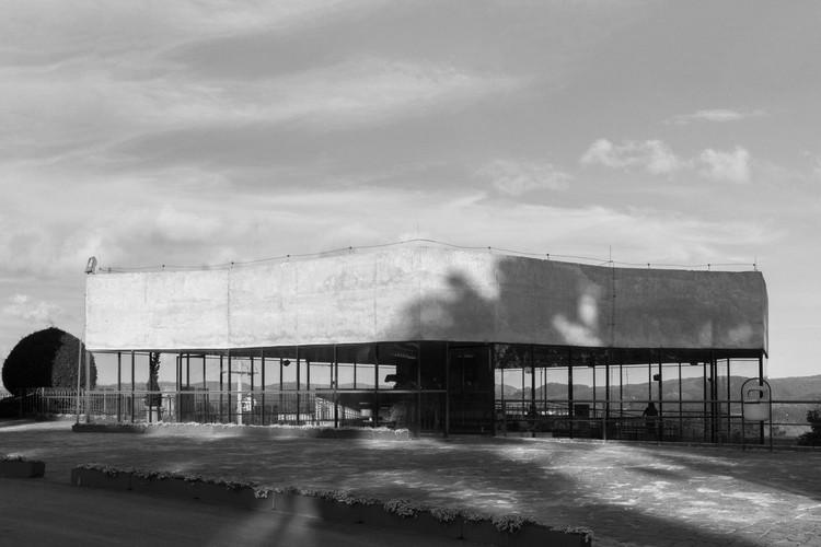 Clássicos da Arquitetura: Capela de São Pedro / Paulo Mendes da Rocha, © Leo Giantomasi