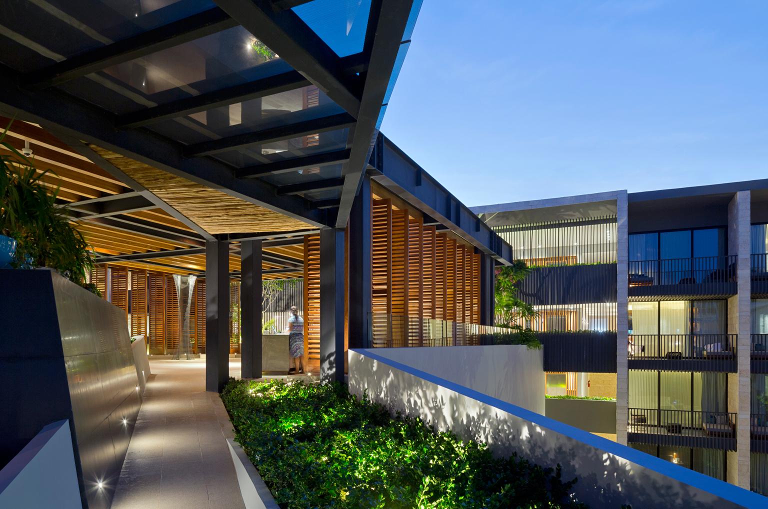 Galer a de hotel grand hyatt playa del carmen sordo for Arquitectura de hoteles
