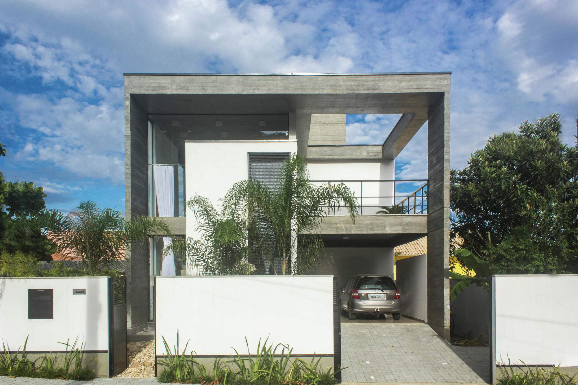 Galeria de casa e pjv arquitetura 1 for E casa com