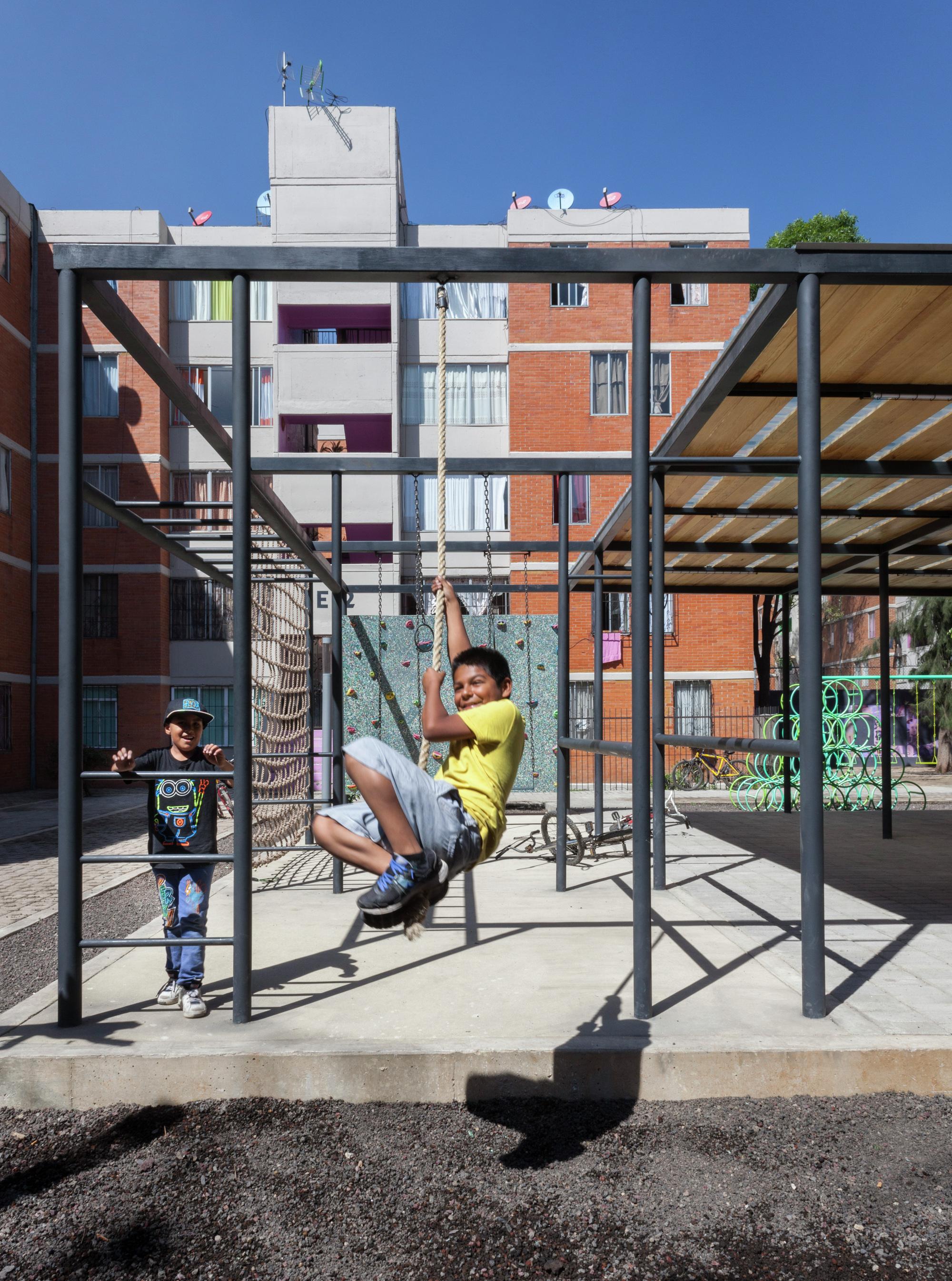 Galeria de construindo comum unidade rozana montiel for Arq estudio de arquitectura