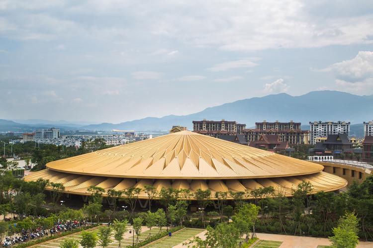 Teatro Bespoke / Stufish Entertainment Architects, © Tim Franco