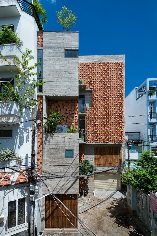 Chi House / G+ Architects, © Quang Tran