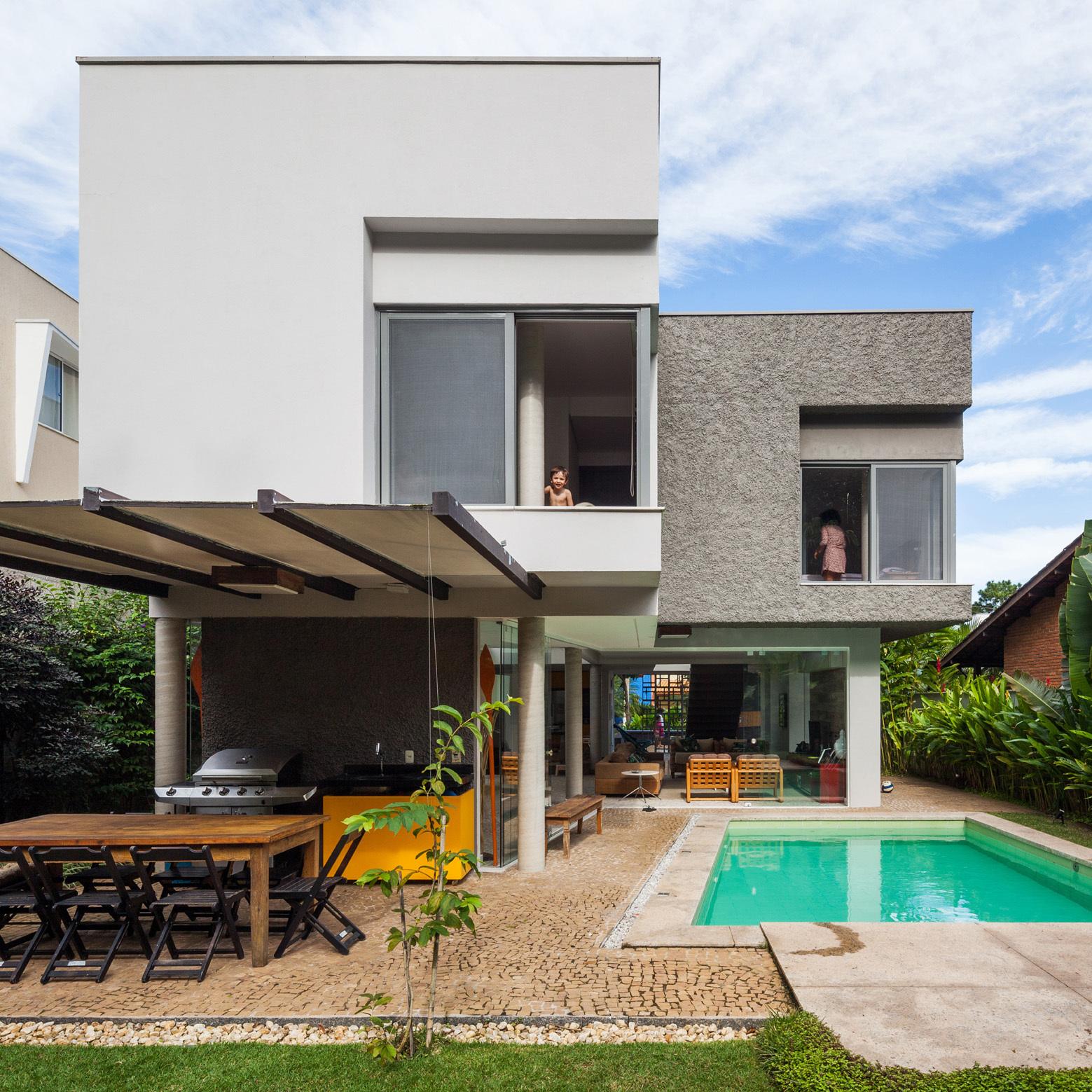 Casa campanella campanella arquitetura archdaily for Casa minimalista haedo