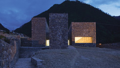 Tibet Namchabawa Visitor Centre / standardarchitecture