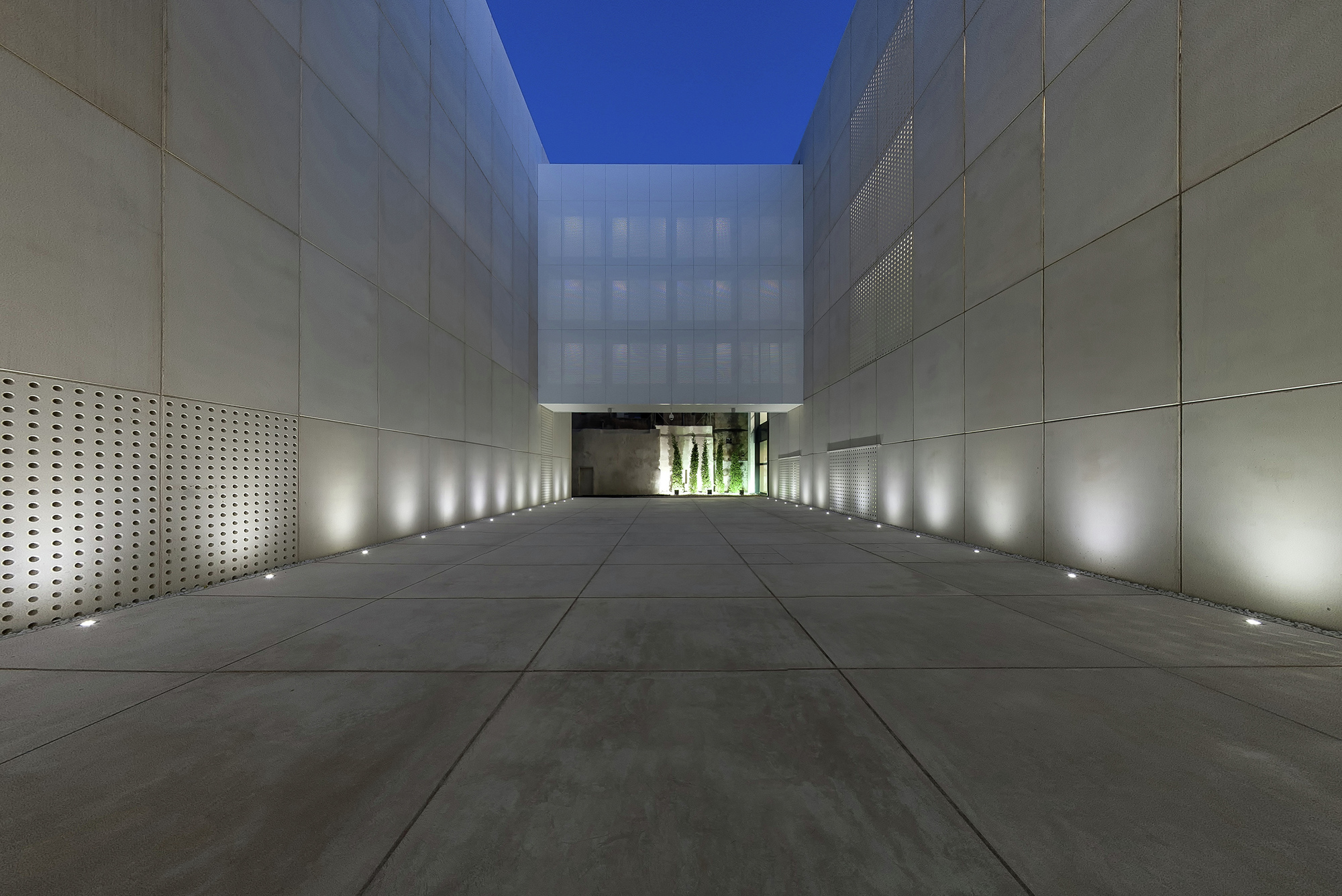 Galeria de os arquivos do reino de mallorca estudio de for Estudios de arquitectura famosos