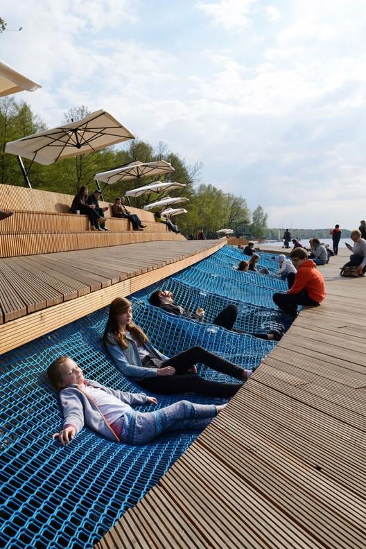 Reurbanização da orla do lago Paprocany / RS+, © Tomasz Zakrzewski