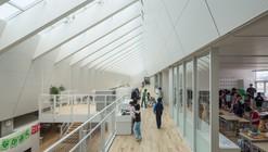 Escuela Primaria Numata / Atelier BNK