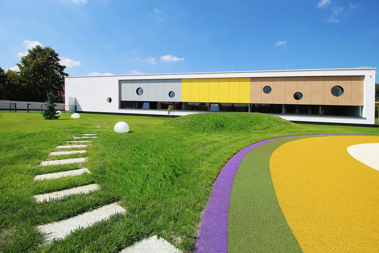 Jardín Infantil Yellow Elephant  / xystudio, Courtesy of xystudio