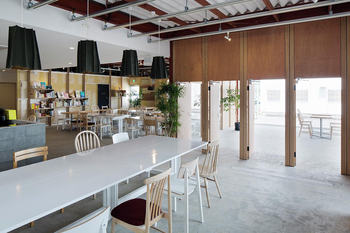 café/day / Schemata Architects