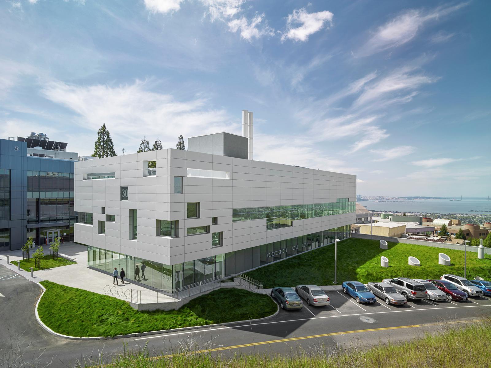 Gallery of Chu Hall - Solar Energy Research Center / SmithGroupJJR - 6