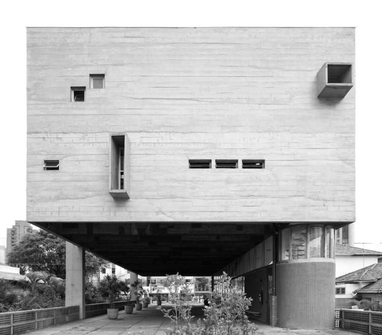 Clássicos da Arquitetura: Igreja São Bonifácio / Hans Broos, © Ricardo Amado