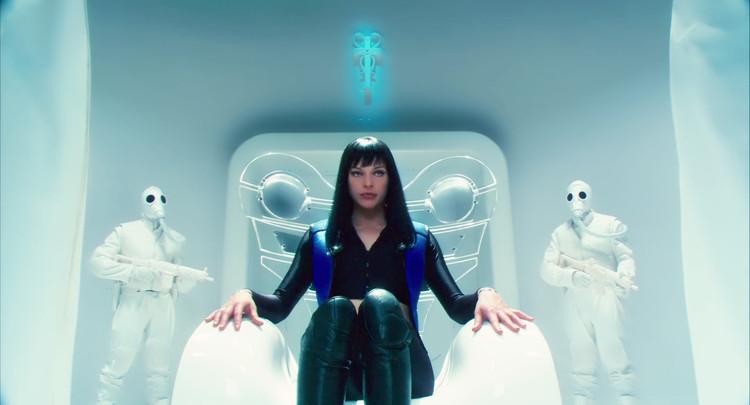 """Cine y Arquitectura: """"Ultraviolet"""""""