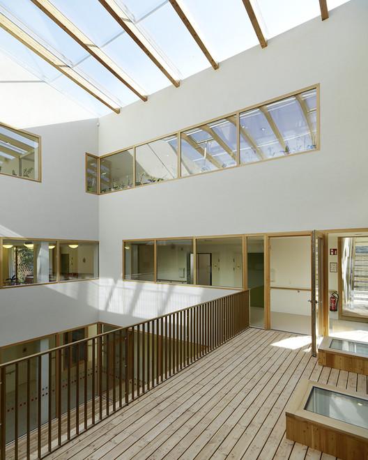 Nursing and Retirement Home / Dietger Wissounig Architekten | ArchDaily