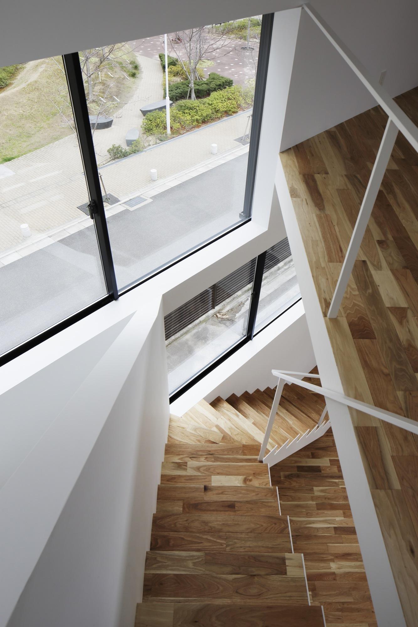 agrandar una ventana de casa Galera De Casa De La Ventana En Espiral Alphaville 3