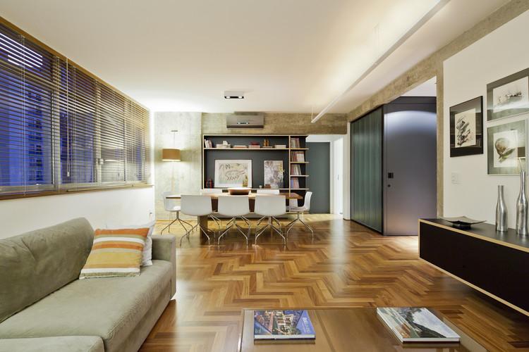 Apartamento Manoel da Nóbrega / DMDV arquitetos, © Maíra Acayaba