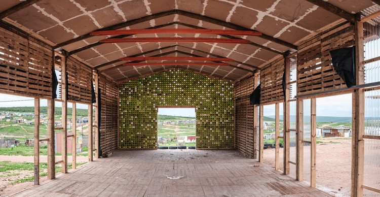 Social Development Project / Indalo + Collectif Saga, © Joubert Loots